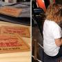 Opération customisation de jeans au Levi's store des Champs Elysées